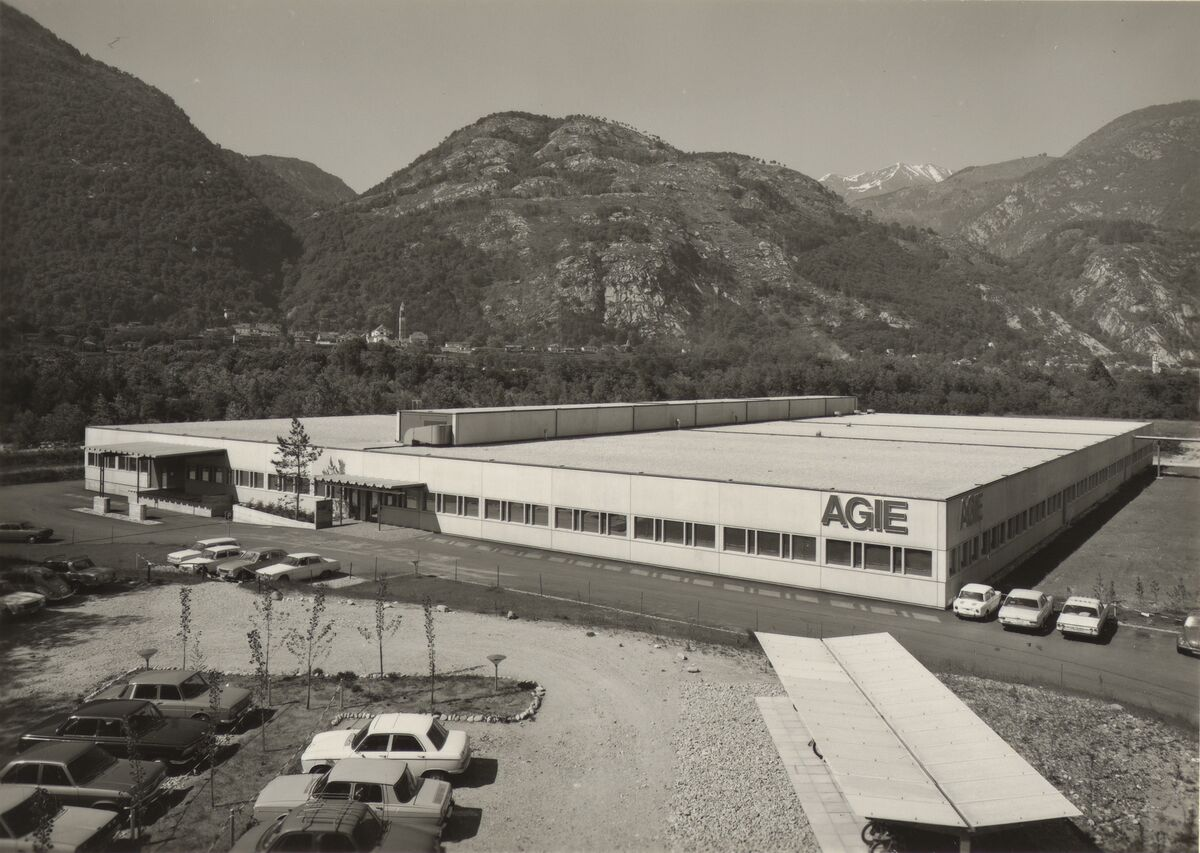 GFA 42/62107: New building of the Zandone electrical factory