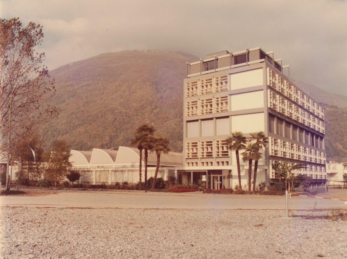 GFA 42/62115: Photo of factory in Losone