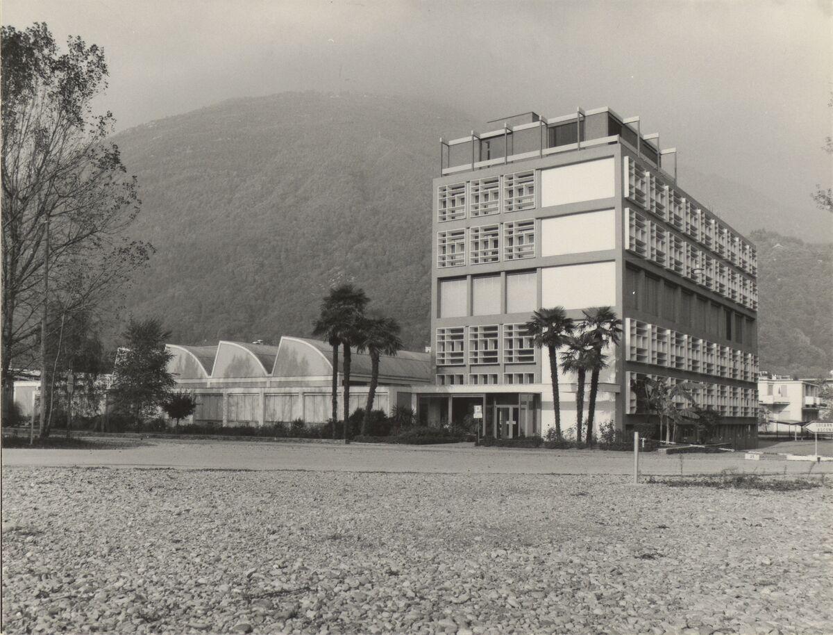 GFA 42/62123: Photo factory in Losone