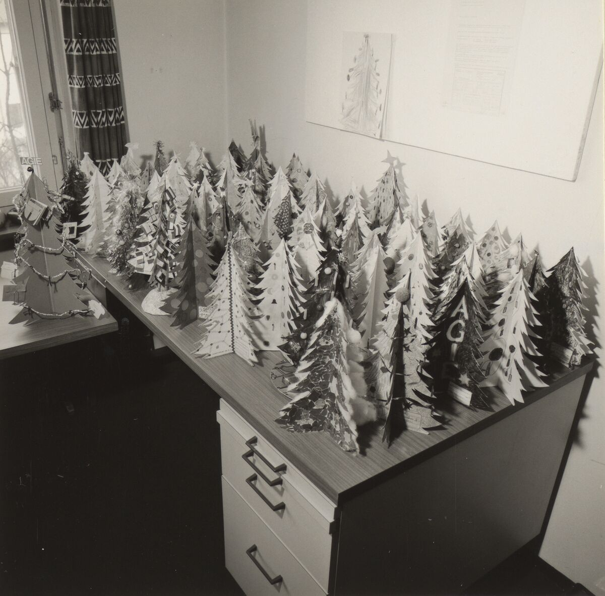 GFA 42/62177: Christmas trees from the children's competition AGIEFORUM 6/74