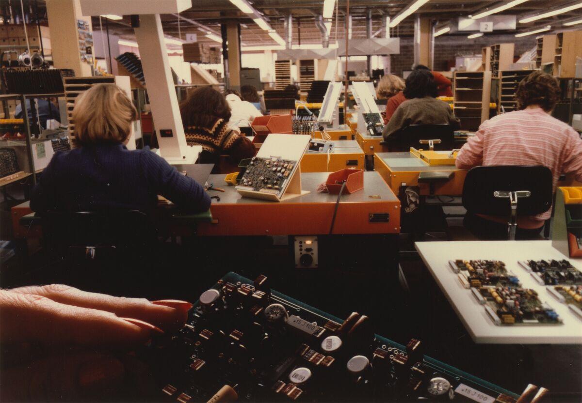 GFA 42/62262: Panel production