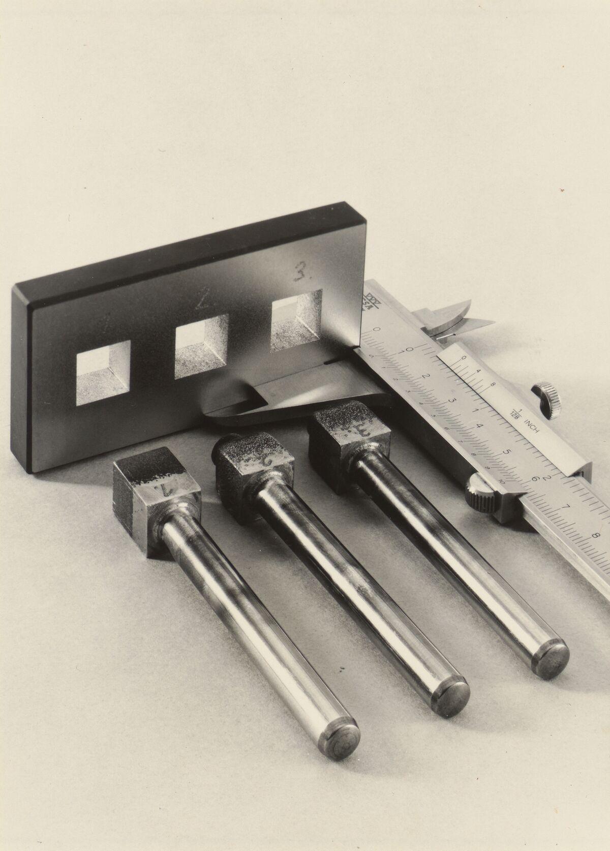 GFA 42/86147: Vergleichsstücke für das Erodieren mit unterschiedlicher Stromstärke und Impulsfolge